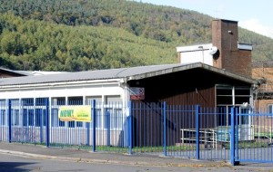 Worker_died_after_cutting_through_electric_cable_while_removing_asbestos_from_school_ceiling__inquest_jury_told_-_Wales_Online